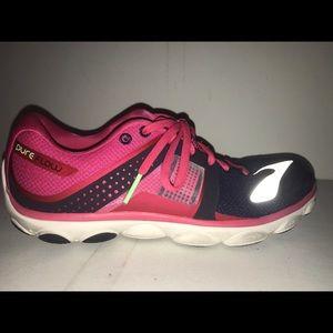 b969028e02869 Brooks pure flow 4 Running Shoes Women s 11
